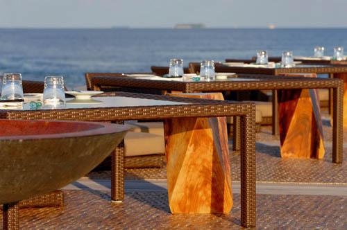 宁静岛露天餐厅;; 酒店图像;